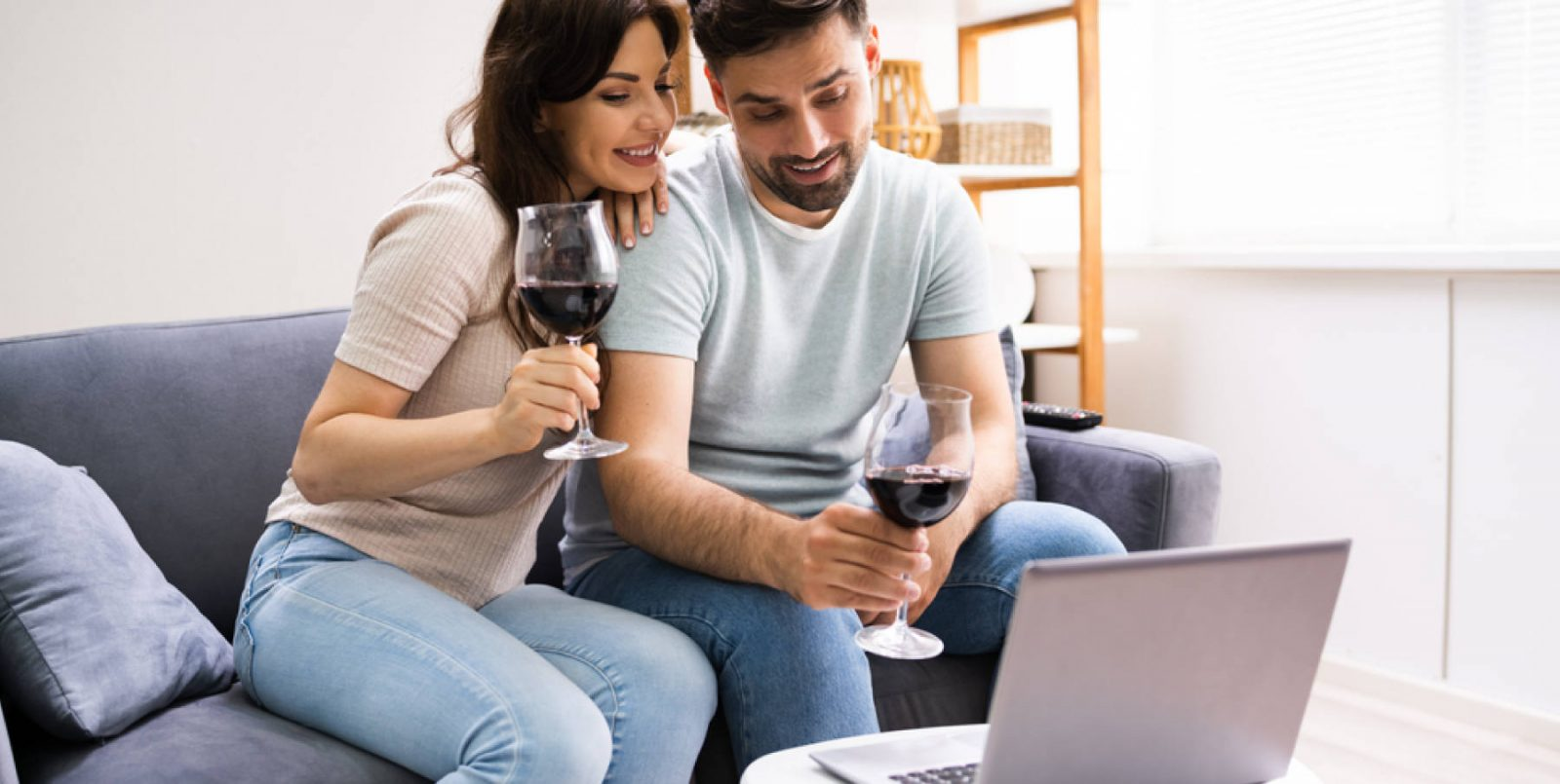 Wine tasting online: 5 consigli per una degustazione perfetta